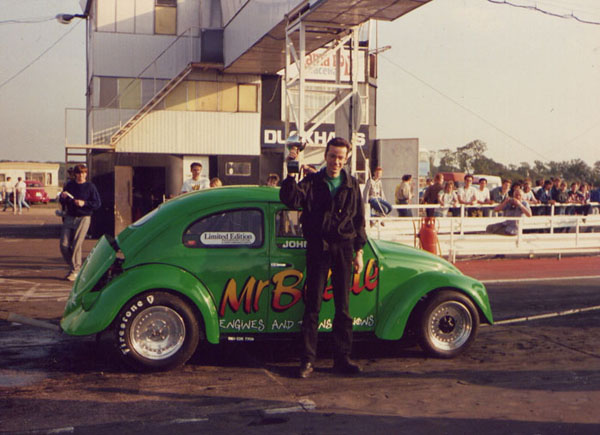 John wins the Modified class at the German Car Company Summer Nationals, Santa Pod 1988